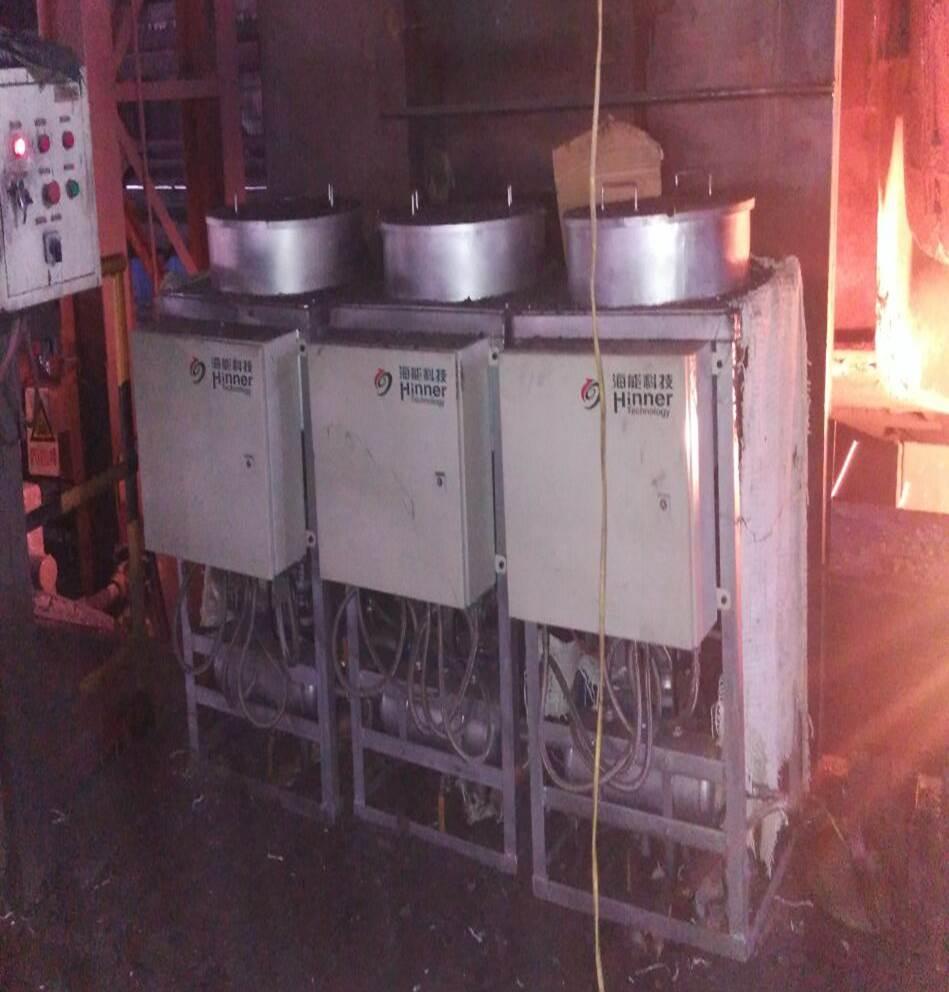 连铸结晶器自动加渣控制系统